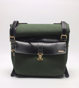 INDICE - COTTON LEATHER SIDE BAG / GREEN