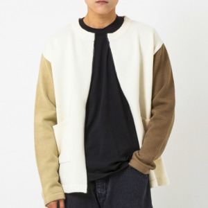 [엑스톤즈 배색 집업 가디건] XTONZ - SPLIT COLOURWAY ZIP UP CARDIGAN (BEIGE)